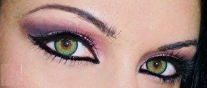 Farbige Jahres Kontaktlinsen, GRÜN, weich, ohne Stärke als 2er Pack (2 Stück)- mit Aufbewahrungsbox, angenehm zu tragen, perfekt für helle und dunkle Auge